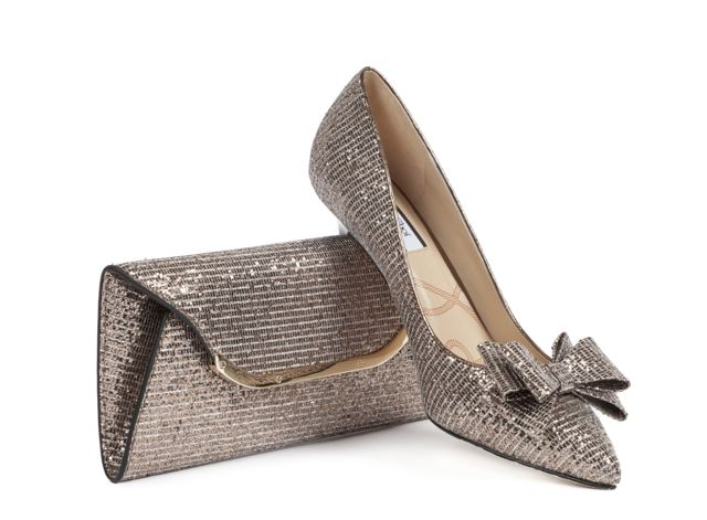 Lucy Choi London clutch and shoes