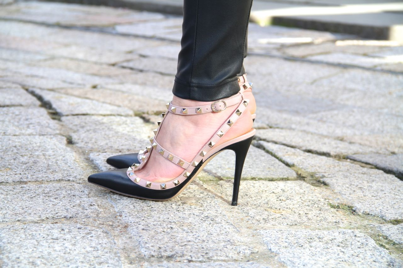 Shoes On Pinterest Valentino Rockstud Valentino And Online Boutiques