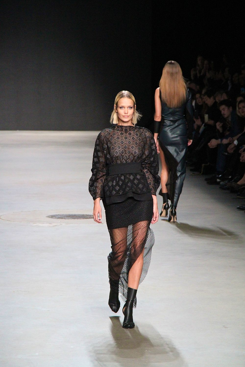 Tony Cohen Fall Winter 2015 2016 AFW Style Barista lace