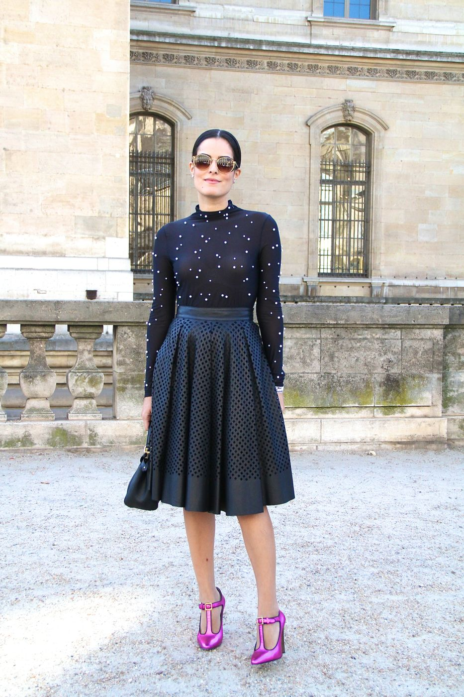 Paris street style full skirt and dotted top